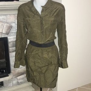 Banana Republic Dresses - Womens sz 6P Banana republic olive green dress